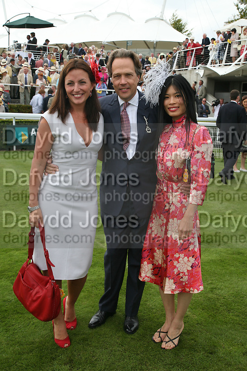 Davina McCall, The Earl of March and Vanessa Mae, Glorious Goodwood. 2 August 2007.  -DO NOT ARCHIVE-© Copyright Photograph by Dafydd Jones. 248 Clapham Rd. London SW9 0PZ. Tel 0207 820 0771. www.dafjones.com.