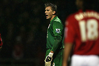 Photo: Rich Eaton.<br /> <br /> Crewe Alexander v Manchester United. Carling Cup. 25/10/2006. Thomas Kuszczak of Man United shouts orders to his defenders