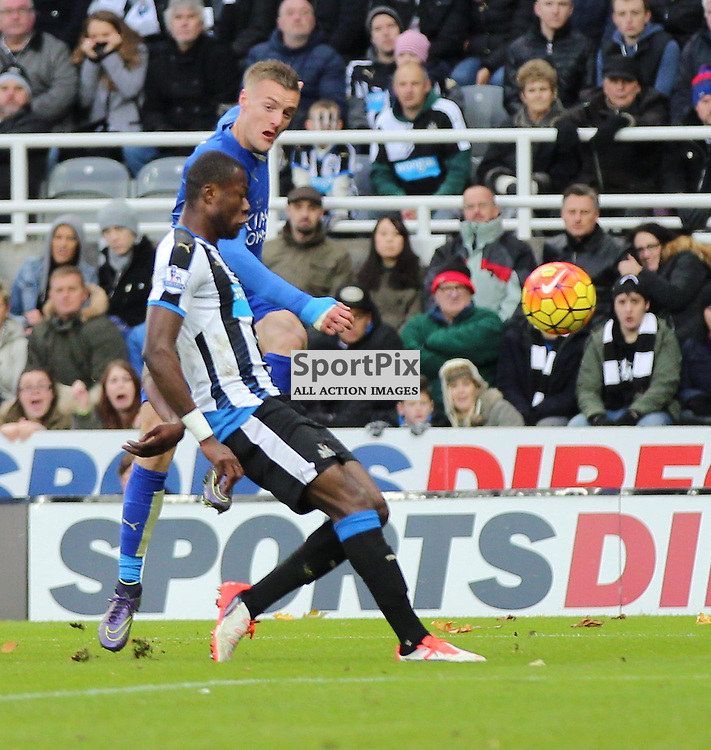 Newcastle United v Leicester City English Premiership 21 November 2015; Jamie Vardy (Leicester City, 9) goes close but is blocked by Chancel Mbemba (Newcastle, 18) during the Newcastle v Leicester City English Premiership match played at St. James' Park, Newcastle; <br /> <br /> &copy; Chris McCluskie | SportPix.org.uk