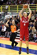 DESCRIZIONE : Varese Lega A 2013-14 Cimberio Varese vs Grissin Bon Reggio Emilia <br /> GIOCATORE : Brunner<br /> CATEGORIA : Tiri<br /> SQUADRA : Reggio Emilia<br /> EVENTO : Campionato Lega A 2013-2014<br /> GARA : Cimberio Varese Grissin Bon Reggio Emilia<br /> DATA : 13/10/2013<br /> SPORT : Pallacanestro <br /> AUTORE : Agenzia Ciamillo-Castoria/I.Mancini<br /> Galleria : Lega Basket A 2012-2013  <br /> Fotonotizia : Cimberio Varese  Lega A 2013-14 Cimberio Varese vs Grissin Bon Reggio Emilia<br /> Predefinita :