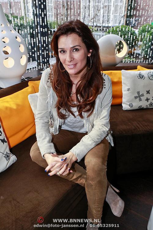 NLD/Amsterdam/20110315 - Boekpresentatie Esther Kreukniet, Quinty Trustfull - van den Broek