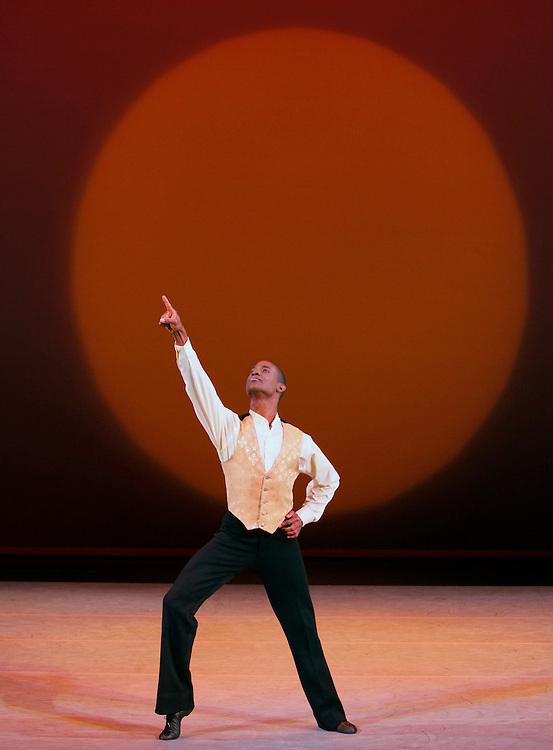 Revelations: Choreography by Alvin Ailey.Alvin Ailey American dance Theater.Credit photo: ©Paul Kolnik.paul@paulkolnik.com.nyc  212-362-7778