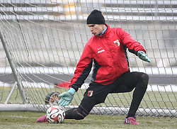 17.02.2015, Trainingsgelände, Augsburg, GER, 1. FBL, FC Augsburg, Training, im Bild Marwin Hitz (Torwart FC Augsburg #35), // during a trainingssession of the german 1st bundesliga club FC Augsburg at the Trainingsgelände in Augsburg, Germany on 2015/02/17. EXPA Pictures © 2015, PhotoCredit: EXPA/ Eibner-Pressefoto/ Krieger<br /> <br /> *****ATTENTION - OUT of GER*****