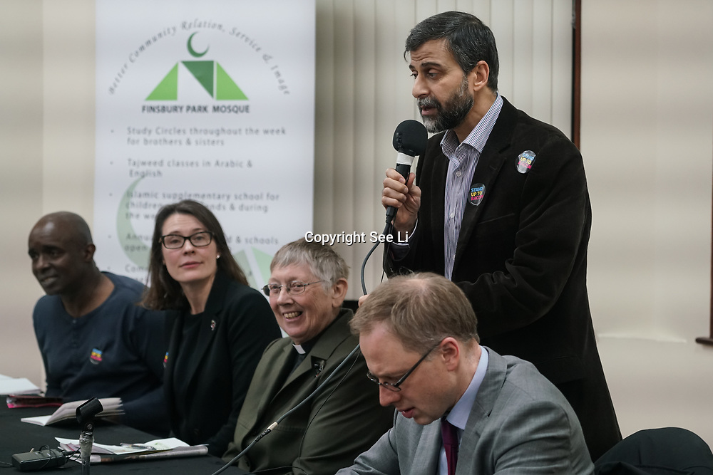 London, Uk. 15th October 2017. Mohammed Kozbar, the chairman of the Finsbury Park mosque chair the discussion Hate Crime Against Muslim Women.