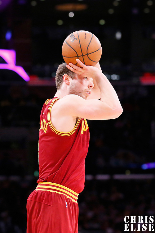 14 January 2014: Cleveland Cavaliers shooting guard Matthew Dellavedova (8) takes a jumpshot during the Cleveland Cavaliers 120-118 victory over the Los Angeles Lakers at the Staples Center, Los Angeles, California, USA.