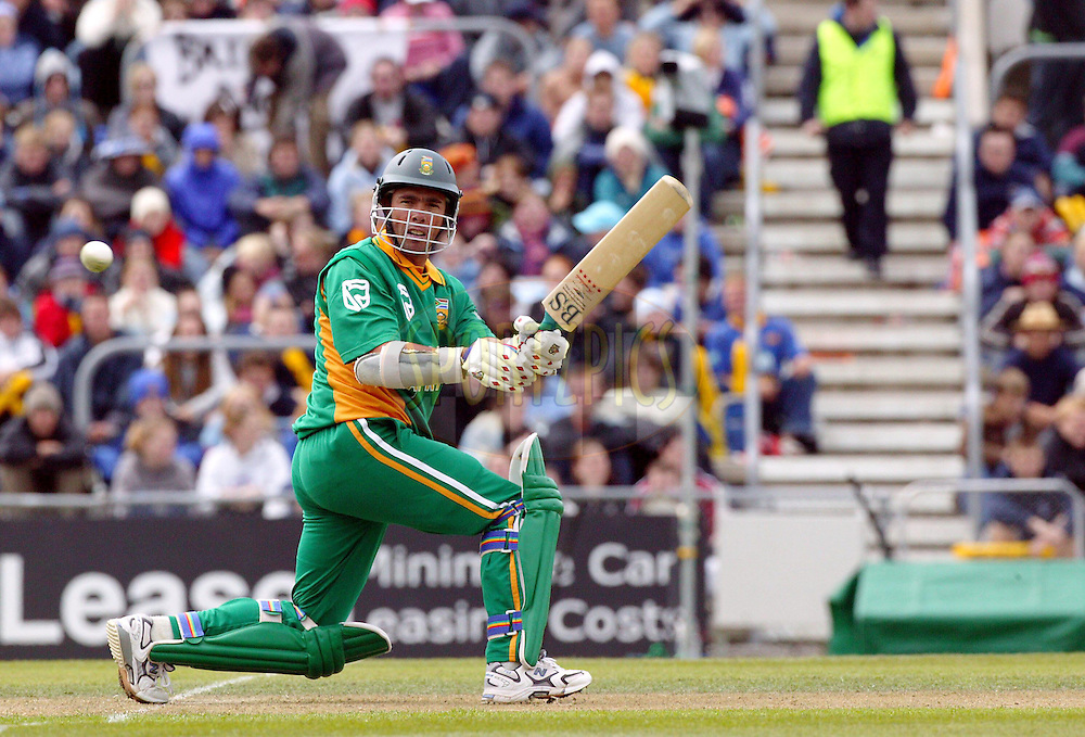 25 February, 2004. Carisbrook, Dunedin, New Zealand. ODI Series. New Zealand v South Africa..Nicky Boje..Pic: Photosport