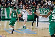 DESCRIZIONE : Avellino Lega A 2015-16 Sidigas Avellino Dolomiti Energia Trentino Trento<br /> GIOCATORE : Giuseppe Poeta<br /> CATEGORIA : palleggio schema <br /> SQUADRA : Dolomiti Energia Trentino Trento<br /> EVENTO : Campionato Lega A 2015-2016 <br /> GARA : Sidigas Avellino Dolomiti Energia Trentino Trento<br /> DATA : 01/11/2015<br /> SPORT : Pallacanestro <br /> AUTORE : Agenzia Ciamillo-Castoria/A. De Lise <br /> Galleria : Lega Basket A 2015-2016 <br /> Fotonotizia : Avellino Lega A 2015-16 Sidigas Avellino Dolomiti Energia Trentino Trento