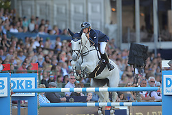Allen Bertram, (IRL), Molly Malone V<br /> Longines Global Champions Tour - Grand Prix of Hamburg<br /> Hamburg - Hamburger Derby 2016<br /> © Hippo Foto - Stefan Lafrentz