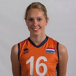07-06-2016 NED: Jeugd Oranje meisjes &lt;2000, Arnhem<br /> Photoshoot met de meisjes uit jeugd Oranje die na 1 januari 2000 geboren zijn / Vera Mulder