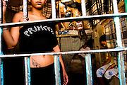 Ouro Preto _ MG, 16 Janeiro de 2008..FOLHA SAO PAULO.ESPECIAL - CRISE CARCERARIA EM MINAS..Carceragem municipal de Ouro Preto. Apesar do estado ja citar que a cadeia ja esta em obras, ainda apresenta muitos problemas...Grandes falhas de seguranca: Somente dois os policiais cuidam da cadeia, um civil (turno de 24 horas) e um militar (turno de 8 horas). SuperlotaÌão 170 presos, cuja capacidade sao 80...Na imagem, interior de uma cela feminina. No mesmo pavilhao, 2 das 10 celas sao destinadas as mulheres...FOTO: BRUNO MAGALHAES / AGENCIA NITRO / FOLHA IMAGEM