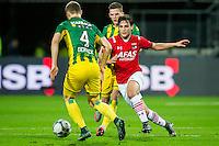 ALKMAAR - 04-12-2015, AZ - ADO Den Haag, AFAS Stadion, 0-1, ADO Den Haag speler Timothy Derijck, AZ speler Joris van Overeem