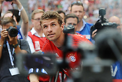 11.07.2015, Allianz Arena, M&uuml;nchen, GER, 1. FBL, FC Bayern Muenchen, Teampr&auml;sentation, im Bild Thomas Mueller (FC Bayern Muenchen) bei der Allianz FC Bayern Team Presentation in der Allianz-Arena Muenchen, 11.07.2015, Foto: Stuetzle/ Eibner-Pressefoto // during the Teampresentation at the Allianz Arena in M&uuml;nchen, Germany on 2015/07/11. EXPA Pictures &copy; 2015, PhotoCredit: EXPA/ Eibner-Pressefoto/ Stuetzle<br /> <br /> *****ATTENTION - OUT of GER*****