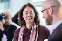 02 OCT 2018, BERLIN/GERMANY:<br /> Katharina Barley, SPD, Bundesjustizministerin, vor Beginn der Kabinettsitzung, Bundeskanzleramt<br /> IMAGE: 20181002-01-009<br /> KEYWORDS: Kabinett, Sitzung