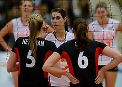 28-12-2013 VOLLEYBAL: TOPVOLLEYBAL TOURNOOI NEDERLAND BELGIE: ALMELO<br /> Nederland wint de eerste wedstrijd met 3-0 van Belgie / Robin de Kruijf<br /> ©2013-FotoHoogendoorn.nl