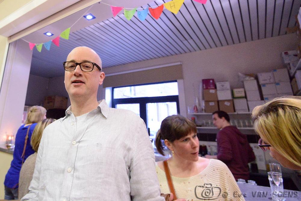 Erik a 50 ans. Erik is 50