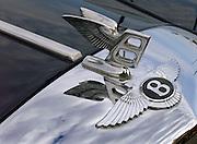Nederland, Nijmegen, 7-10-2006..Logo, beeldmerk van Bentley, luxe auto, Britse, Engelse autofabriek, autofabrikant, exclusief automerk, kwaliteit, statussymbool, rijkdom, geld, verzamelaarsobject..Foto: Flip Franssen/Hollandse Hoogte