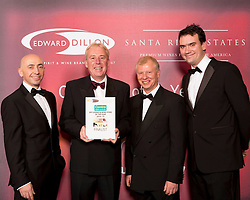 Centra finalist in the Edward Dillon/Santa Rita Estates Centra Off Licence and Wine Store of the Year was Centra, Togher Cross, Doughcloyne, Co. Cork. Pictured from left to right are  Donagh McClafferty, Musgraves, Kieran Whyte from Centra Doughcloyne, Tony Reade, Edward Dillon and Tom Lethaby, Santa Rita Estates