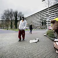 Nederland, Amsterdam Zuid Oost , 24 november 2009..De Bijlmerflat Kleiburg, die nog gesloopt moet worden in de z.g. K-buurt..The Bijlmer Flat Kleiburg, which have to be demolished in the so-called K-district..Foto:Jean-Pierre Jans