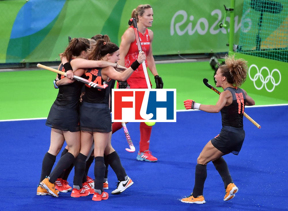 Netherlands' players celebrate their second goal during the women's Gold medal hockey Netherlands vs Britain match of the Rio 2016 Olympics Games at the Olympic Hockey Centre in Rio de Janeiro on August 19, 2016. / AFP / Pascal GUYOT        (Photo credit should read PASCAL GUYOT/AFP/Getty Images)