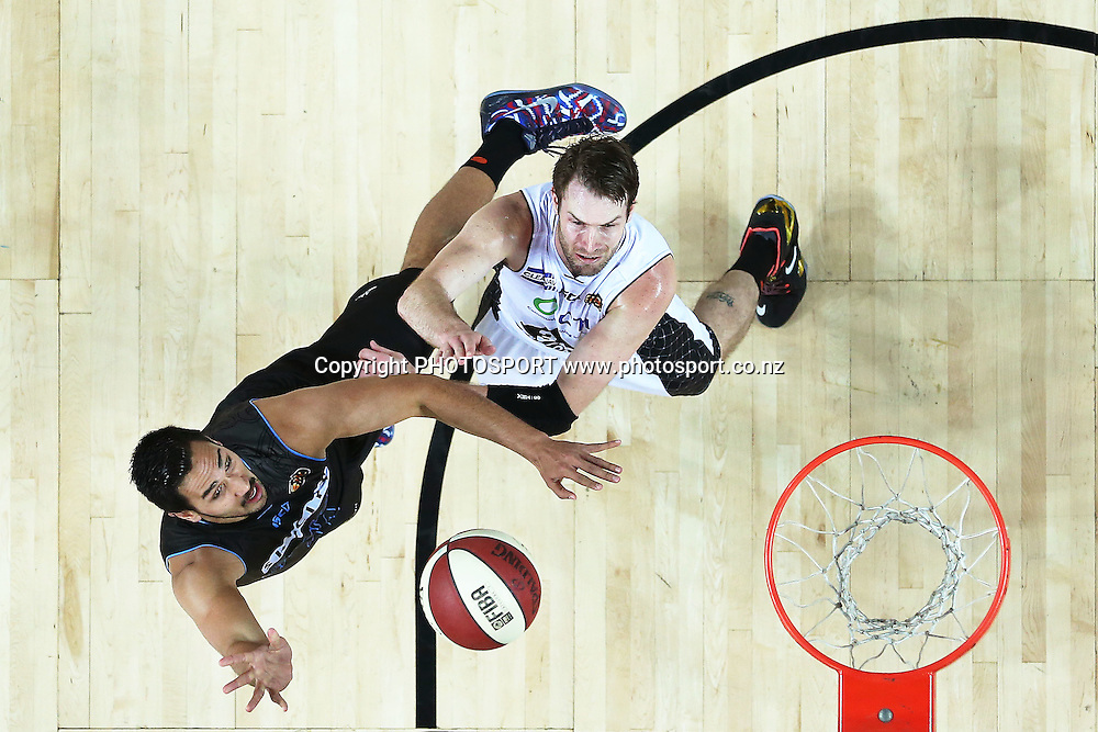 Tai Wesley of the Breakers shoots over Mark Worthington of Melbourne United. 2014/15 ANBL, SkyCity Breakers vs Melbourne United, Vector Arena, Auckland, New Zealand. Friday 21 November 2014. Photo: Anthony Au-Yeung / photosport.co.nz