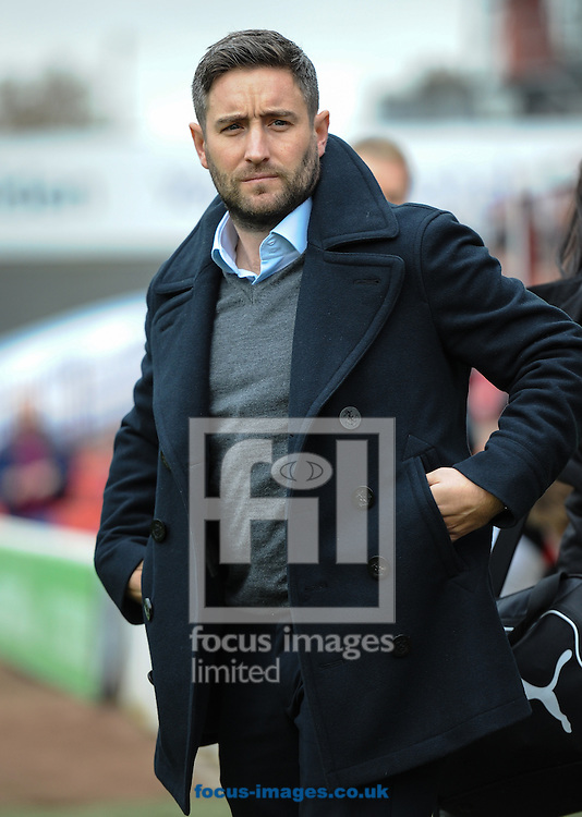 Lee Johnson Manager of Bristol City during the Sky Bet Championship match at Oakwell, Barnsley<br /> Picture by Richard Land/Focus Images Ltd +44 7713 507003<br /> 29/10/2016