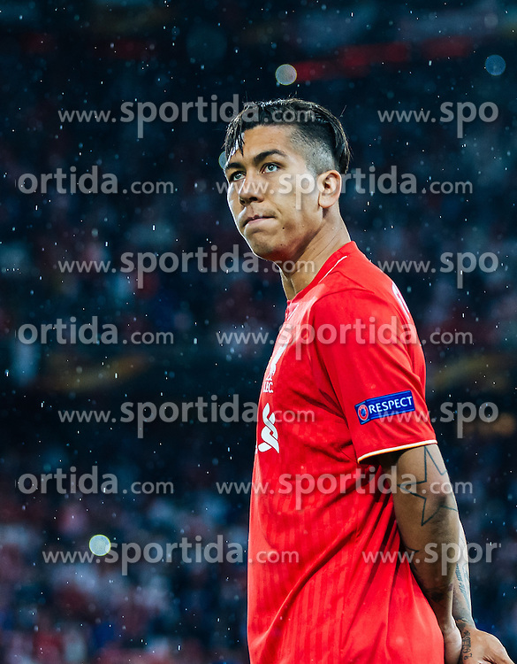 18.05.2016, St. Jakob Park, Basel, SUI, UEFA EL, FC Liverpool vs Sevilla FC, Finale, im Bild Roberto Firmino (FC Liverpool) enttäuscht // dejected Roberto Firmino (FC Liverpool) during the Final Match of the UEFA Europaleague between FC Liverpool and Sevilla FC at the St. Jakob Park in Basel, Switzerland on 2016/05/18. EXPA Pictures © 2016, PhotoCredit: EXPA/ JFK