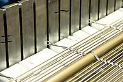 D&uuml;ren. 15.03.17 | BILD- ID 026 |<br /> GKD - Gebr. Kufferath AG. Metallfassade f&uuml;r die Neue Mannheimer Kunsthalle.<br /> Das Unternehmen in D&uuml;ren produziert Fassaden f&uuml;r die Architektur aus Metall. Ein gewebtes Metallgitter wird von Aussen an die Fassade montiert. <br /> Kunsthallendirektorin Dr. Ulrike Lorenz besucht das Unternehmen in D&uuml;ren und freut sich &uuml;ber die technische Umsetzung mit einer speziell goldenen Pigmentierung der Edelstahlstreben.<br /> Bild: Markus Prosswitz 15MAR17 / masterpress (Bild ist honorarpflichtig - No Model Release!)