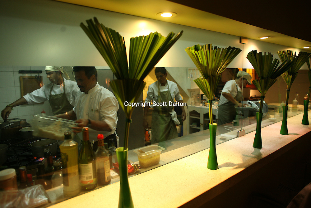 The kitchen is busy in 8-18, a popular restaurant in Cartagena's old city, on Thursday, August 21, 2008. (Photo/Scott Dalton).