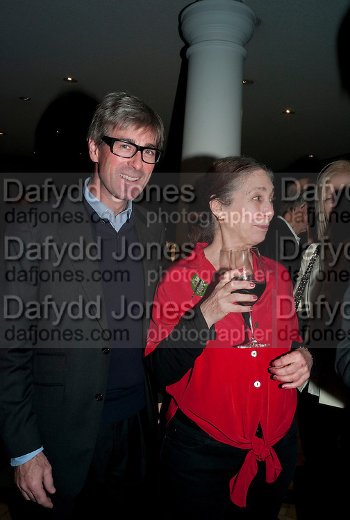 TIMOTHY TAYLOR; SUSAN HILLER, Susan Hiller opening, Tate Britain. 31 January 2010. -DO NOT ARCHIVE-© Copyright Photograph by Dafydd Jones. 248 Clapham Rd. London SW9 0PZ. Tel 0207 820 0771. www.dafjones.com.