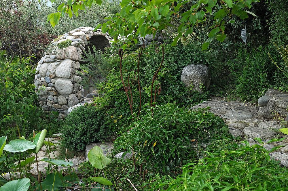 France, Languedoc Roussillon, Gard, Cévennes, Saint-André-de-Majencoules, jardin des Sambucs, Vénus