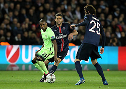 Fernandinho of Manchester City passes the ball - Mandatory by-line: Robbie Stephenson/JMP - 06/04/2016 - FOOTBALL - Parc des Princes - Paris,  - Paris Saint-Germain v Manchester City - UEFA Champions League Quarter Finals First Leg