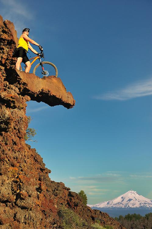 (m) Mountain bike, Mount Jefferson,Central Oregon,USA