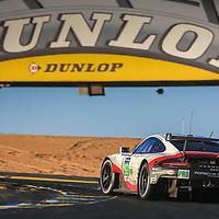 #92, Porsche Motorsport, Porsche 911 RSR (2017), driven by: Michael Christensen, Kevin Estre, Dirk Werner, 24 Heures Du Mans 85th Edition, 17/06/2017,
