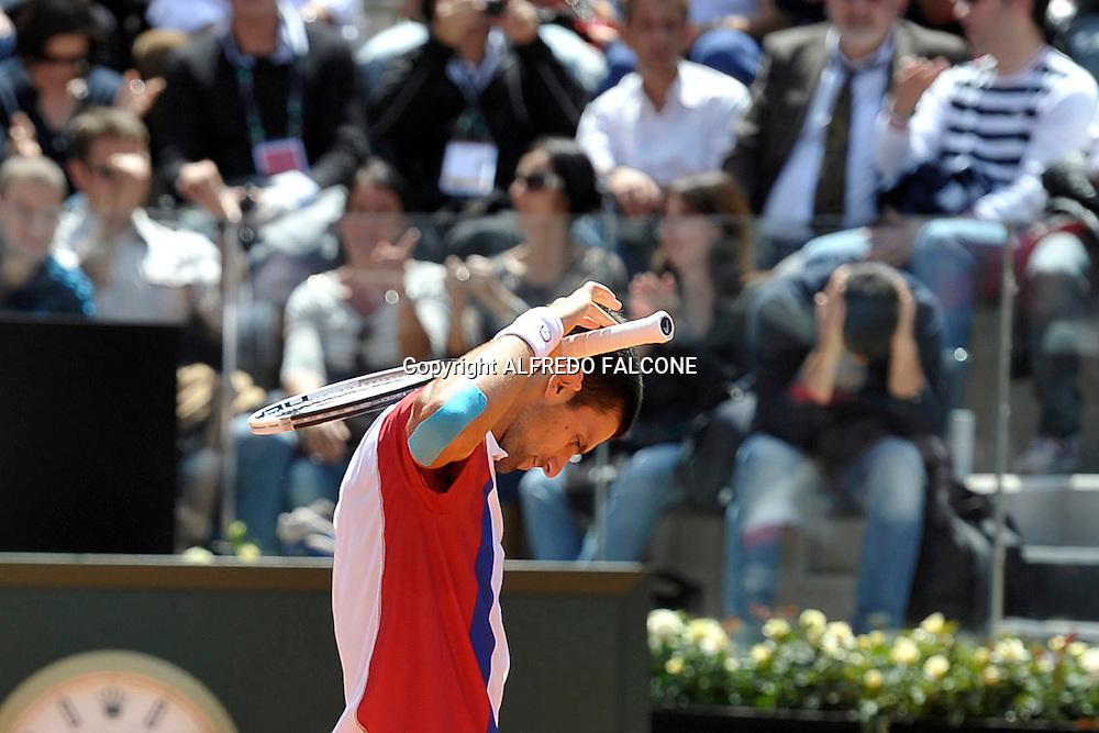 Foto Alfredo Falcone - LaPresse<br /> 21/05/2012 Roma ( Italia)<br /> Sport Tennis<br /> Novak Djocovic (SRB) - Rafael Nadal (ESP)<br /> Internazionali BNL d'Italia 2012<br /> Nella foto:delusione Novak Djocovic<br /> Novak Djocovic (SRB) - Rafael Nadal (ESP)<br /> Photo Alfredo Falcone - LaPresse<br /> 21/05/2012 Roma (Italy)<br /> Sport Tennis<br /> Internazionali BNL d'Italia 2012<br /> In the pic:frustation Novak Djocovic