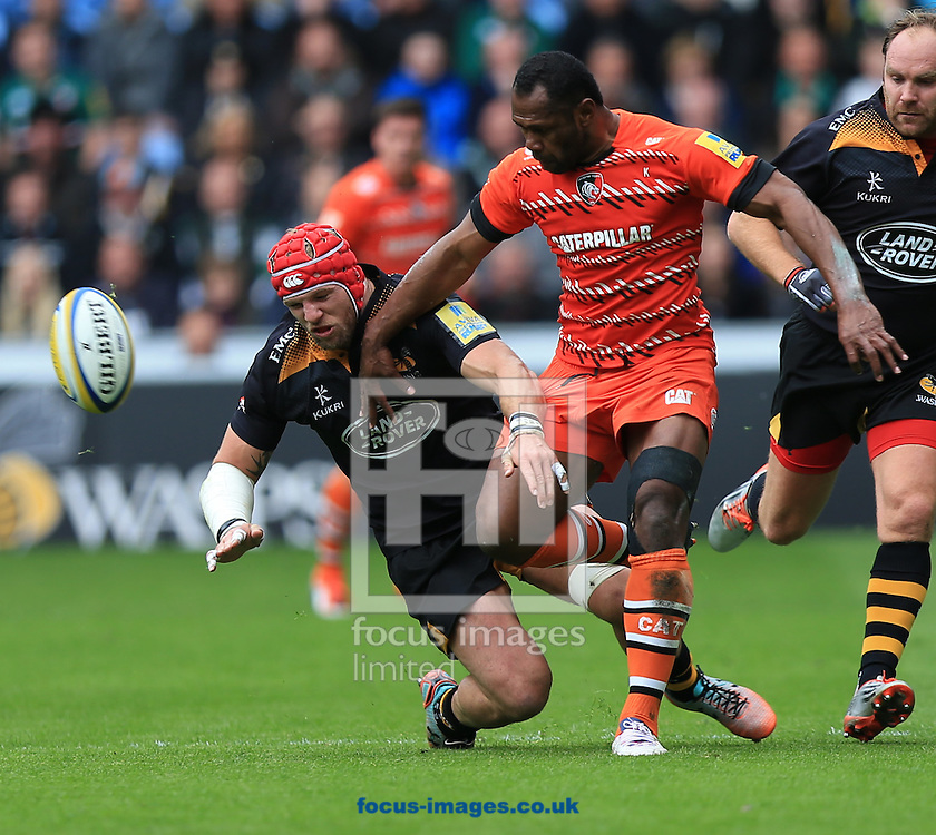 Vereneki Goneva of Leicester Tigers kicks ahead during the Aviva Premiership match at the Ricoh Arena, Coventry<br /> Picture by Michael Whitefoot/Focus Images Ltd 07969 898192<br /> 09/05/2015