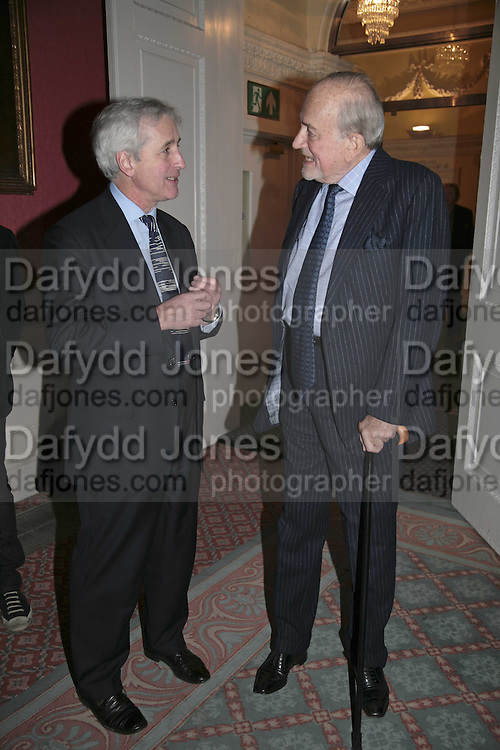HUGO VICKERS AND CLAUS VON BULOW, Literary Review's Bad Sex In Fiction Prize.  In &amp; Out Club (The Naval &amp; Military Club), 4 St James's Square, London, SW1, 29 November 2006. <br />
