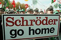 """19 OCT 1999, BERLIN/GERMANY:<br /> Polizisten protestrieren mit Transpartent """"Schröder go home"""" gegen das Sparpaket der Bundesregierung, Demonstration von DGB, DBB und ÖTV vor dem Brandenburger Tor<br /> IMAGE: 19991019-01/01-02<br /> KEYWORDS: Polizist, policeman, Demonstrant, demonstartor, demonstration, Gewerkschaft, trade union, Plakat, bill"""