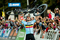 Arrival / Remco Evenepoel of Belgium Gold medal / Celebration / During the Men Juniors Road Race a 132.4km race from Kufstein to Innsbruck 582m at the 91st UCI Road World Championships 2018 / RR / RWC / on September 27 , 2018 in Innsbruck, Austria.  Photo by Vid Ponikvar / Sportida
