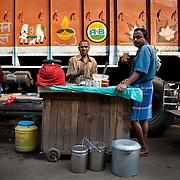 A juice vandor in the fruit market in Kolkata