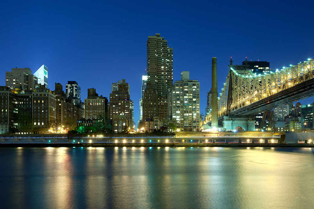 Queensboro Bridge over the East River and Sutton Place, Manhattan, New York City, NY, USA