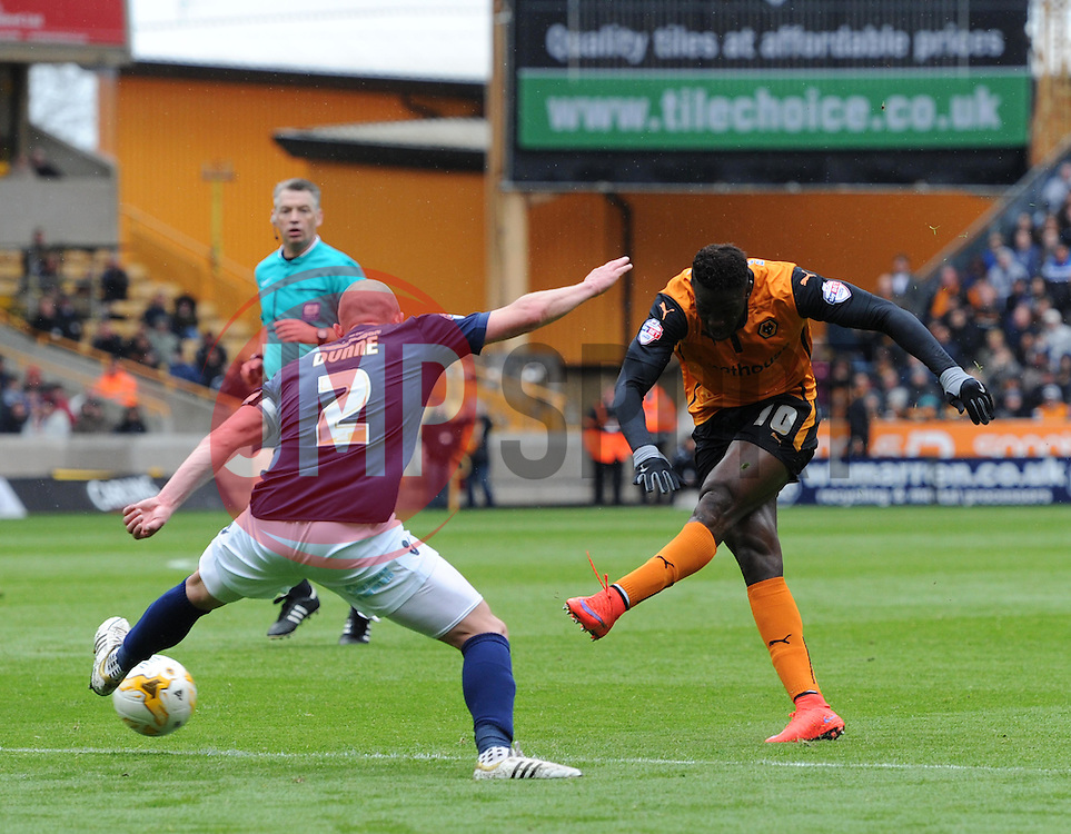 Wolves' Bakary Sako tales a shot at the Millwall goal - Photo mandatory by-line: Paul Knight/JMP - Mobile: 07966 386802 - 02/05/2015 - SPORT - Football - Wolverhampton - Molineux Stadium - Wolverhampton Wanderers v Millwall - Sky Bet Championship