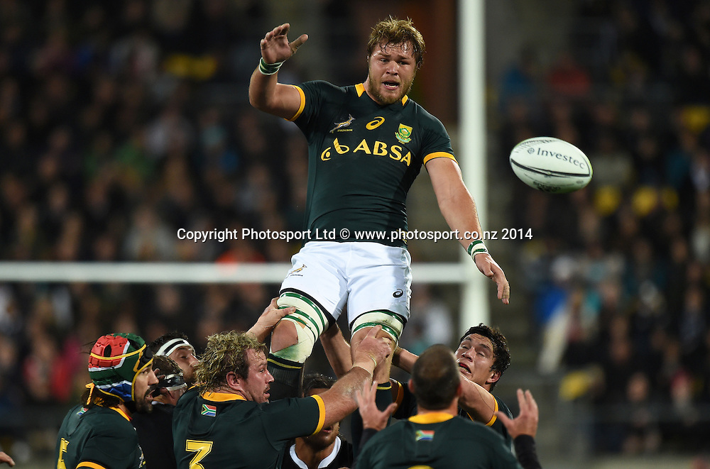Duane Vermeulen in the lineout. New Zealand All Blacks versus South Africa Springboks. The Rugby Championship. Rugby Union Test Match. Wellington. New Zealand. Saturday 13 September 2014. Photo: Andrew Cornaga/www.Photosport.co.nz