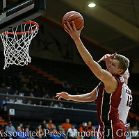 Stanford's Michael Humphrey drives to the basket for two points past Oregon State's Drew Eubanks (12) during the second half of an NCAA college basketball game in Corvallis, Ore., Thursday, Jan. 19, 2017. Stanford won 62-46. (AP Photo/Timothy J. Gonzalez)
