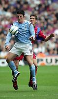 Photo:  Frances Leader.Digitalsport<br /> Crystal Palace v Manchester City.  Barclays Premiership. Selhurst Park.<br /> 18/09/2004<br /> Crystal Palace's Mark Hudson tackles Man City's Jon Macken.