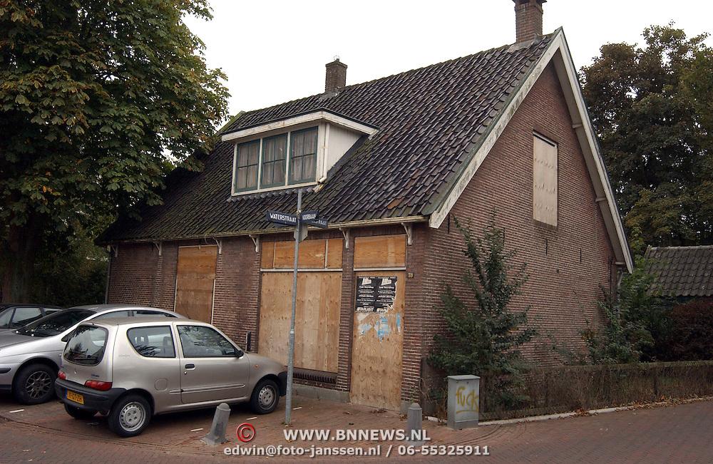 Onbewoonbare woning Voorbaan 39 Huizen