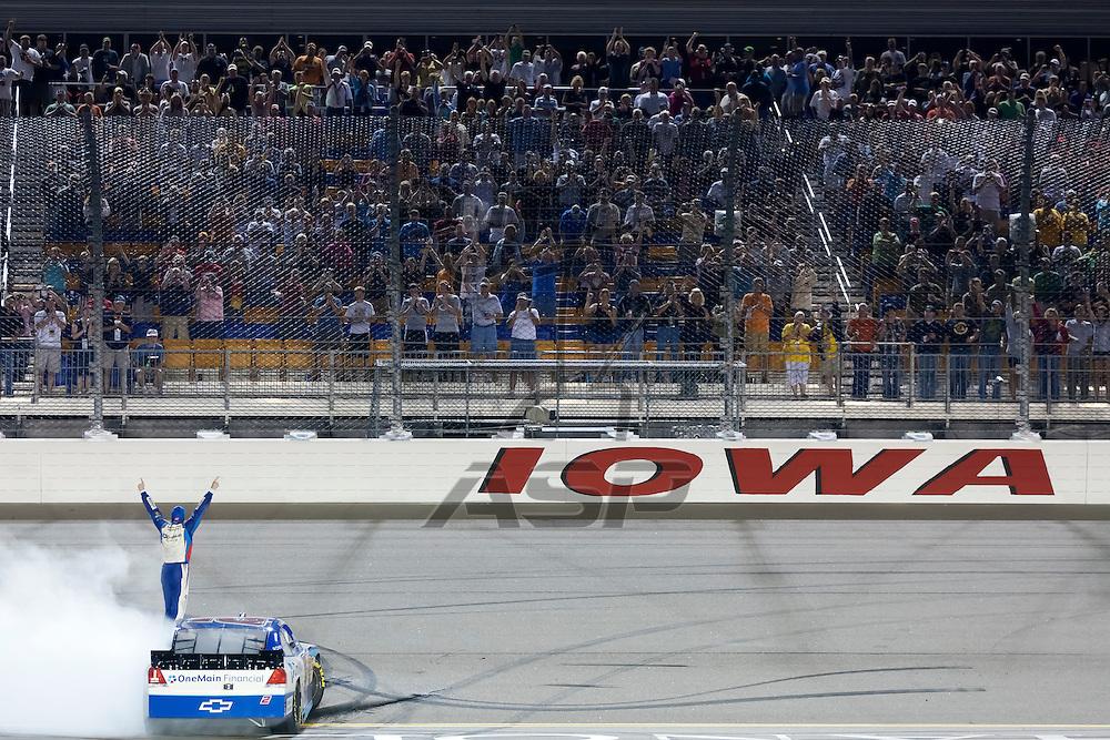 NEWTON, IA - AUG 04, 2012:  For the fourth time this season, Elliot Sadler (2) goes to victory lane, winning the U.S. Cellular 250 at the Iowa Speedway in Newton, IA.