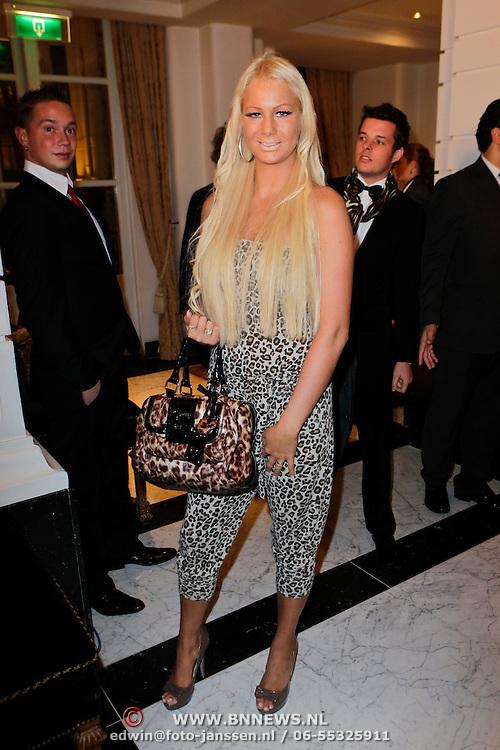 NLD/Amsterdam/20111124 - Beau Monde Awards 2011, Samantha de Jong, bijnaam Barbie