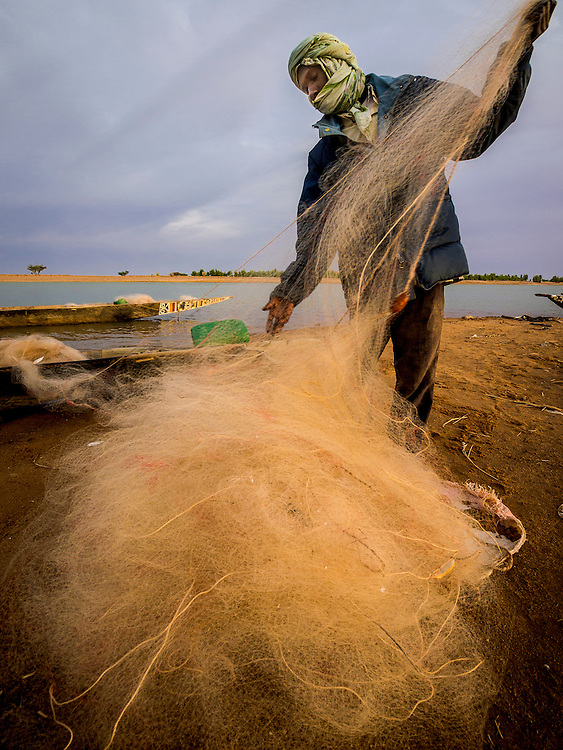 Africa, Mali, Niger river, Travel, West Africa, fisherman, early morning