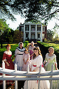 Women and Rosalie Plantation, Natchez, MS.