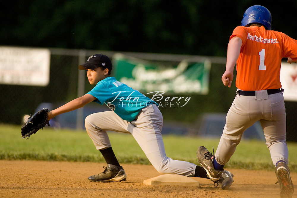 Madison Parks and Rec Baseball.Majors-Marlins vs Mets.5/22/2007